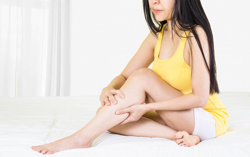 pikkelysömör kezelése és a betegek véleménye apró élénkpiros foltok a bőrön