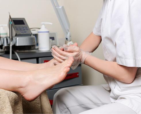 diabetes mellitusban vörös foltok jelentek meg a lábakon