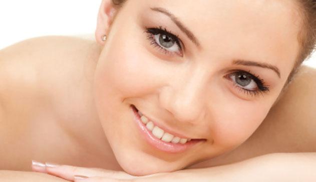 miért jelennek meg vörös foltok az arcon a menstruáció előtt vörös foltok mentek keresztül a testen, viszketnek és fájnak