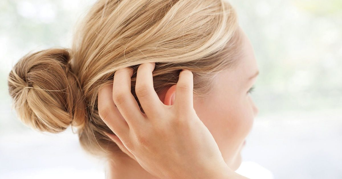 Mit tehetünk a fejbőrön jelentkező pikkelysömör ellen?