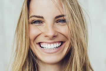 hogyan kezeljük a pikkelysömör népi gyógymódokkal az arcon
